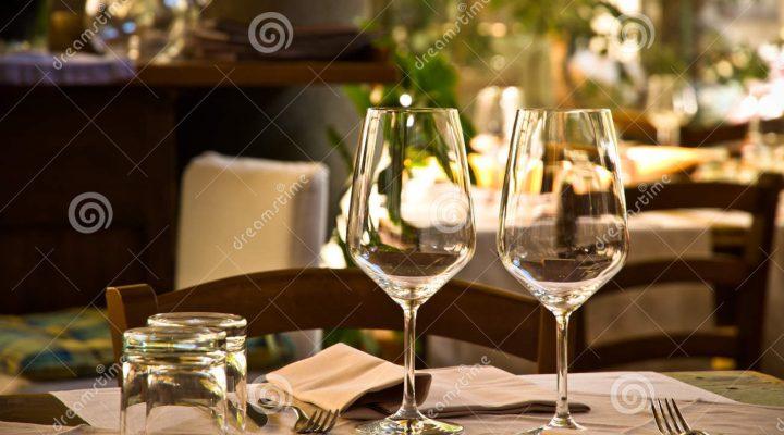 wine-glasses-table-setting-restaurant-two-empty-romantic-33224584